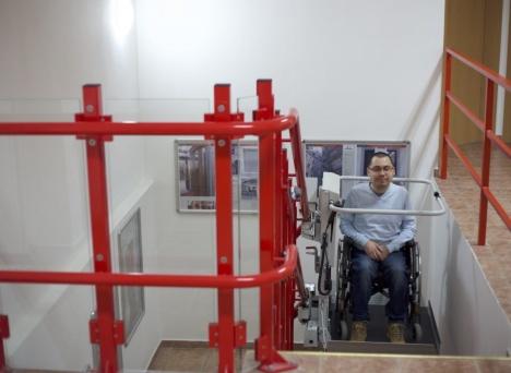 Platforma schodowa Stratos dla niepełnosprawnych