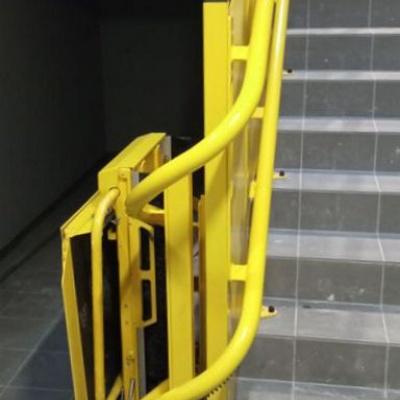 Parking dolny platformy schodowej po zakręcie 180°